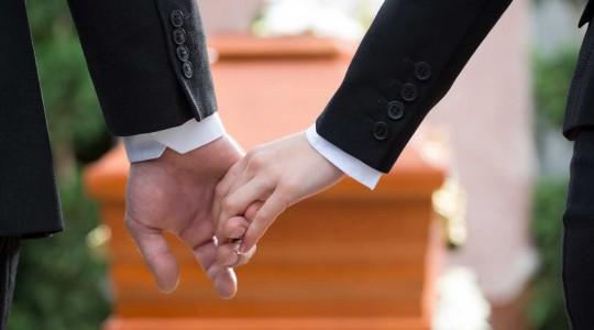 Obsèques : les démarches suite à un décès